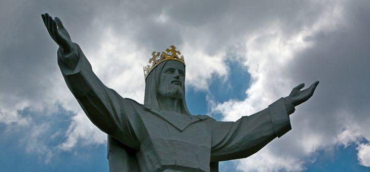 Uroczystość Chrystusa Króla Wszechświata, czyli medytacja o tym, jaką prawdę przyniósł Jezus o Bogu i świecie